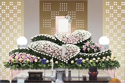 県央みずほ斎場の家族葬43花祭壇イメージ1