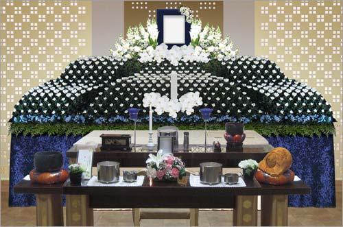 県央みずほ斎場の一般葬83花祭壇イメージ3