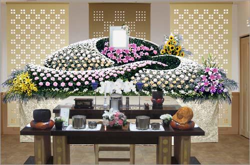 県央みずほ斎場の一般葬83花祭壇イメージ4